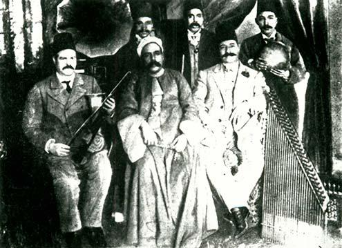 nahda-Manialawi-and-his-band-S
